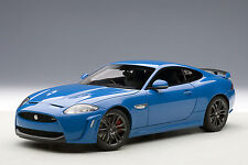 1/18 Autoart-Jaguar XKR-S (French racing Blue) 2011 a un precio especial!