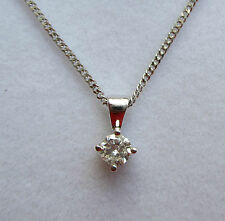 Brand new 18ct White Gold 1/5 carat Diamond Pendant Necklace & Chain £299.99
