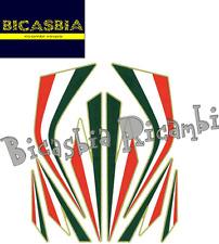 8369 - ADESIVI STICKERS BANDIERE ITALIA FOGLIO DA 20X24 - VESPA - BICASBIA
