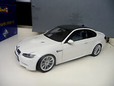 BMW M3 Coupe E92 white Carbon roof Dealer Edition Kyosho 1:18 NEW  FREE SHIPPING