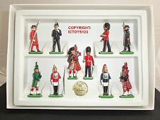 Britains 8007 tutte le Regine Uomini London Guardie METAL Toy Soldier Figure Set