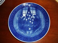 BLUE WHITE DISPLAY PLATE ROYAL COPENHAGEN MERRY CHRISTMAS 1983