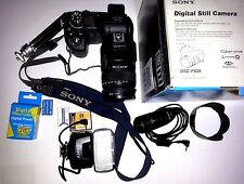 Sony Cyber-shot DSC-F828 Digital Camera With FLASH Carl Zeiss made in Japan 2004