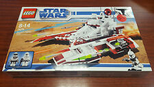 "LEGO STAR WARS 7679 ""Republic Fighter Tank"" - NEW - NEUF - SUPERBE et RARE  !!!"