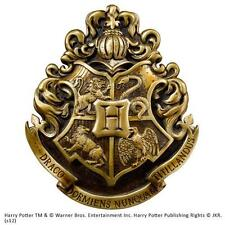 Harry Potter - Hogwarts Coat Of Arms Wall Plaque - New & Official Warner Bros