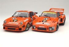 1:18 1976 Exoto Porsche 934 RSR/935 Turbo Jägermeister Gift Set (Retired)