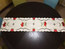 Red Apple Kitchen Table Runner Dinning Room Linens Country Scalloped Decor
