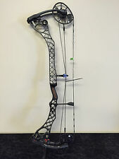 MATHEWS WAKE BLACK COMPOUND BOW 70#
