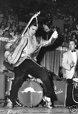 Elvis Presley Poster/Photo Poster/Singing/Black and White/Musician/Rock and Roll