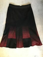 M&S BLACK & RED WOOL BLEND SKIRT IN A-LINE SHAPE WITH PANEL DESIGN - SIZE 10