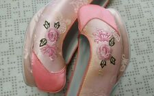 "Korean Traditional Clothes ""Hanbok Shoes"" for WOMAN 240mm - size 7. N0.40-1"