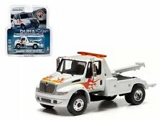 GREENLIGHT 1:64 INTERNATIONAL DURASTAR 4400 TOW TRUCK Diecast Car White
