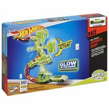 HOT WHEELS WALL TRACKS HAMMER DROP ** GLOW IN THE DARK **