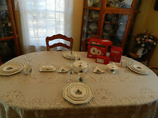 Nikko China Christmastime Dinnerware Set for 4 with/5 Serving Pieces 4-3