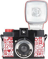 Diana F+ & Flash Love Letters Edition + 1 pellicule / film roll (port FR 0€)