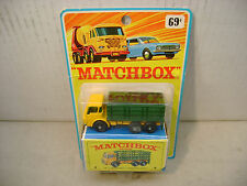 MATCHBOX LESNEY YELLOW FRED BRONNER BLISTER CARD #4 DODGE STAKE TRUCK NEW MOC