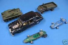 lot véhicules miniatures dinky toys pour pièces ou diorama