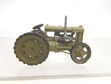 eso-9137 1:87 Traktor h.gelbgrau Räder geschloßen Metallguß sehr guter Zustand