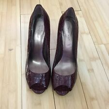 EUC Nine West open toe Heels Patent Croc Burgundy size 9.5
