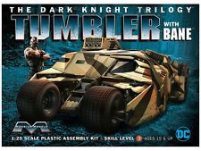 1:25 Dark Knight Armoured Tumbler with Bane Figure model kit by Moebius ~ K967