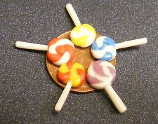 1:12 Scale 6 Mixed Colour Lollipops Dolls House Miniature Sweet Shop Accessory F