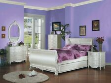 New Youth White Pearl Princess Full Sleigh With Trundle 5-Pc Bedroom Set