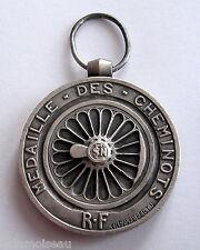 FRANCE: Médaille des chemins de fer SNCF, attribuée en 1944, sans ruban.