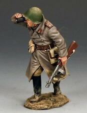 KING AND COUNTRY WW11 RUSSIAN RED ARMY OFFICER WITH BURP GUN RA031 METAL BOXED