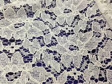 coupon de tissu  coton viscose dentelle haute couture blanc cassé   3 m  Ref  2