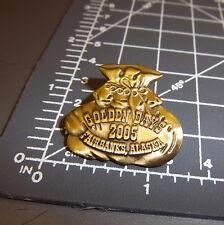 Golden Days Fairbanks Alaska 2005 Collectors Lapel Pin, beautiful bag of gold