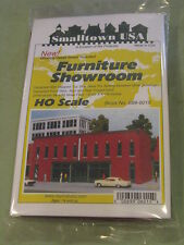 Smalltown USA HO #699-6015 Furniture Showroom -- Kit - 9-1/2 x 4-1/8""