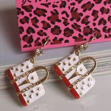 E50 BETSEY JOHNSON  Travel Case Bag Handbag Purse Earrings US