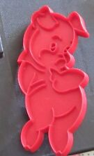 "GUC  red plastic 5"" sweet shy pig piglet vintage cookie cutter baking animal fun"