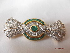 18K Yellow Gold Diamond And  Emerald Pin / brooch