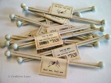 East of India Wooden Knitting Needles - Pair - Cream - Vintage Style - 16cm GIFT