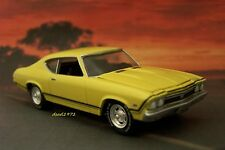 1968 68 CHEVY CHEVELLE SS 1/64 SCALE DIECAST MODEL DISPLAY COLLECTIBLE DIORAMA