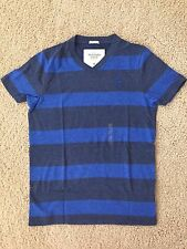 NWT Abercrombie & Fitch A&F Men's V-Neck Muscle Tee T-Shirt | Size Medium