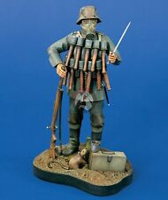 Verlinden 120mm (1/16) German Trench Raider with Gas Mask WWI Vignette 891