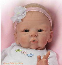"Ashton Drake ""Snuggle Bunny"" realistici ""NEONATO"" BABY DOLL-Nuovo-In Stock Now!"