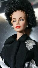Integrity Hollywood Royalty Mommy Dearest Joan Crawford FR Fashion Doll Giftset