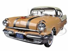 1955 PONTIAC STAR CHIEF HARD TOP FIREGOLD/WHITE MIST 1/18 BY SUNSTAR 5043