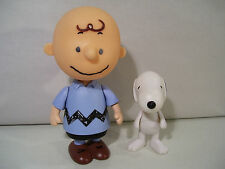 LOT OF 2 PEANUTS CHARLIE BROWN & SNOOPY VINYL ACTION FIGURES BLUE SHIRT PMI