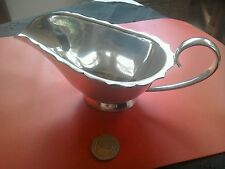 Superb vintage MAPPIN & WEBB silver plate sauce boat REDUCED!
