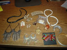 10Sharp Vintage & Other Costume Jewelry - Lot 10 - More to Come - Nice Stuff!