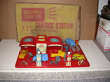 RARE VINTAGE TOY LOUIS MARX & CO. GULL OIL & GAS SERVICE STATION