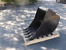 "New 24"" Wain Roy Style Backhoe Bucket to fit 1/4 yd. Coupler"