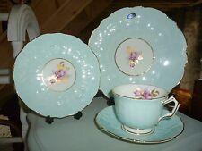 Aynsley Crocus Azul-Taza de té, té Platillo placa trío & Placa de la torta huevo de pato en muy buena condición