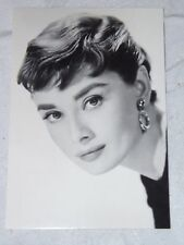 Postcard of Audrey Hepburn #232-275 Black and White Unposted New