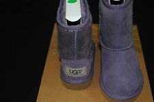 NIB UGG® Classic TODDLER SHORT PURPLE 5251 T T/PURPLE Sheepskin Boots SIZE 7