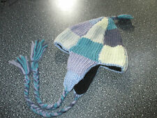 Knitted hat in shades of blue. One size